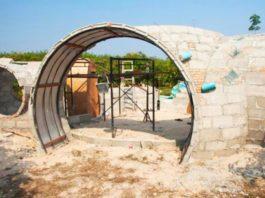 Он сам построил уютный домик всего за 40 дней