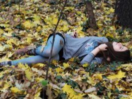 Мужик сбил девушку и отнес ее умирать в лес. Умирая, девушка увидела перед собой эти глаза…