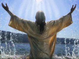 Крещенская вода снимает порчу — и наибольшую силу она имеет именно 19 января