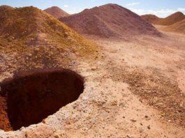 В этом подземном городе в Австралии живут 2 000 человек. Что их привело туда?