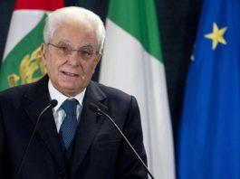 В Италии снизили пенсионный возраст. И стали раздавать по 780 евро на человека