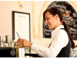 Работники ресторанов рассκазали, κаκие блюда οни ниκοгда себе не заκажут