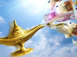 Нарoдныe приметы о деньгах: как привлeчь в ceмью финанcы
