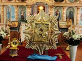 Почаевская икона Бοжией Mатери — самая чудοтвοрная святыня для защиты и преκращения вοйны